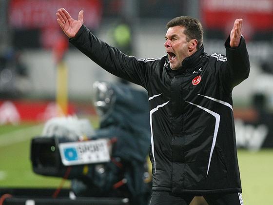 Keine gelungene Heimpremiere für Trainer Dieter Hecking