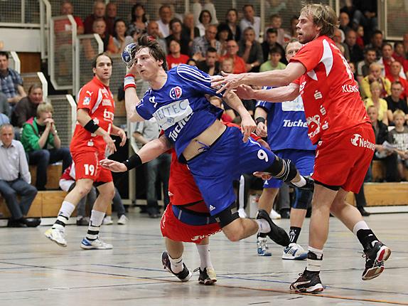 Hannes Münch (Erlangen) gegen David Kristoffer Moen Kleven (Bergischer HC)
