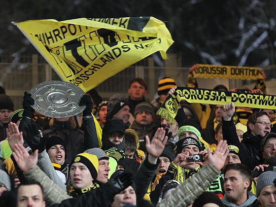 Dortmund ist Herbstmeister! Die Fans träumen schon von der Schale.